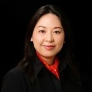 Julia Zhu (MBA '98, Chief Executive Officer, Phoenix Live Entertainment Company)